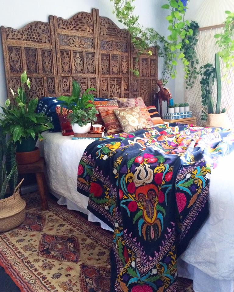 Moroccan bohemian bedroom